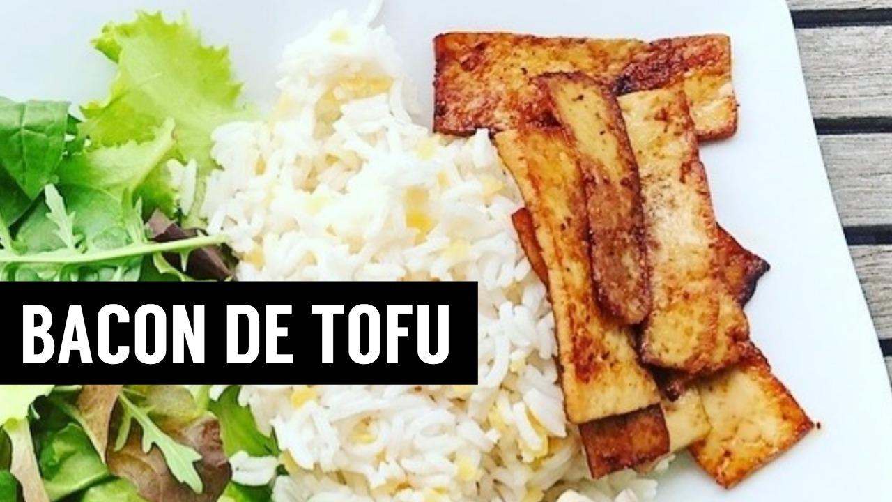 bacon de tofu - Recette de Tajine de légumes marocains | Le meilleur plat méditerranéen. Un ragoût de légumes simple et succulent, de style marocain avec des épices, des aromates et des abricots secs. - recettes végétariennes et vegan - atirelarigot